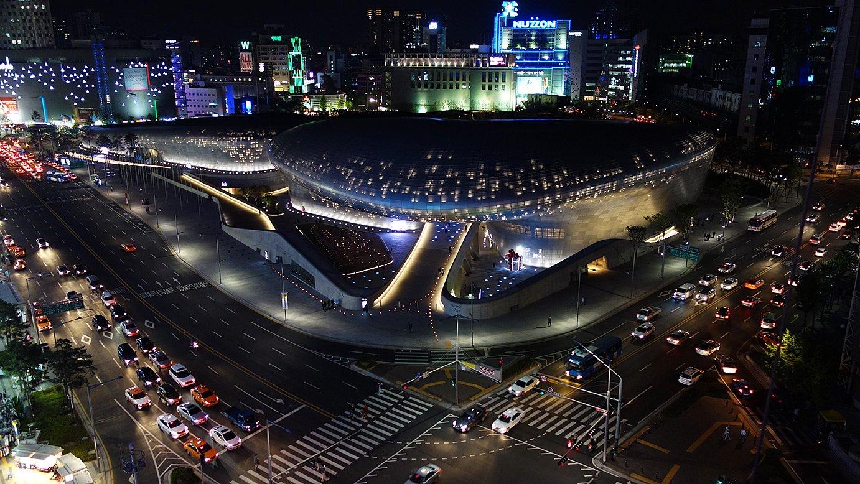 Dongdaemun_Design_Plaza_(DDP)_Ken_Eckert
